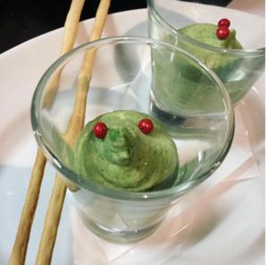 【枝豆とほうれん草のムース】