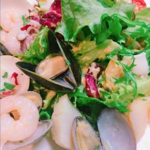 【7種魚介のサラダ ~自家製セサミドレッシング~】 TODAY'S MENU